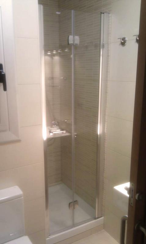 carpintería aluminio duchas