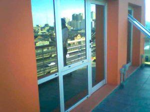 arreglar ventana practicable